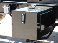 Side mounted hydraulic tank with site glass, plus No-Abrasion hose routing.